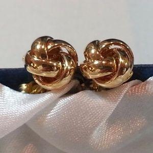 18KT gold love knots. 11mm. NWOT.